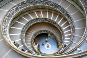 De kunst van het meebewegen: goed omgaan met ongeschreven kantoorregels